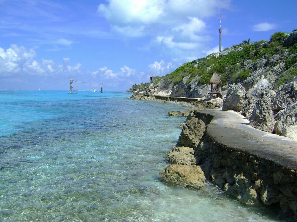 Punta-Sur-Cozumel-Mexico-Cielo-Nubes-Mar-Océano