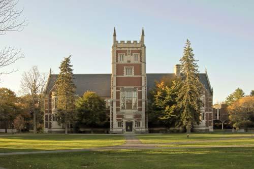 hubbard-tower-Bowdoin College