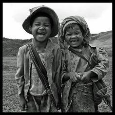 children laughing islas solomon